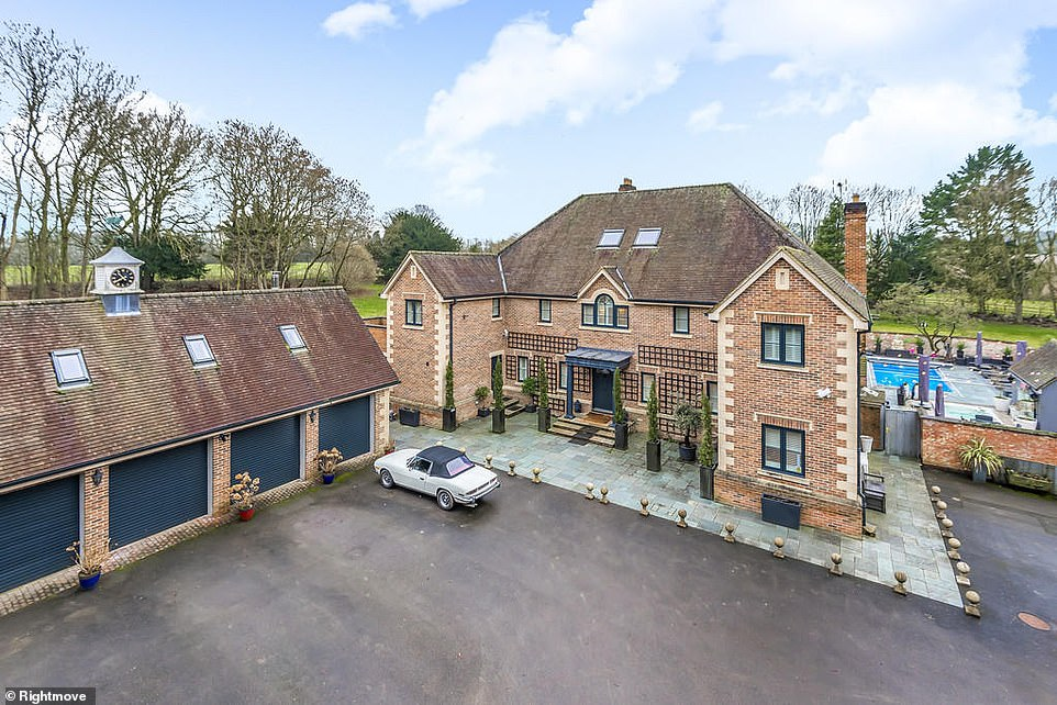 The sale of the modern countryside property in Hampshire's Middlecot, Quarley, is being handled by estate agents Dybles